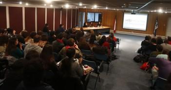 Público asistente a uno de los conversatorios organizados por la Carrera de Psicología