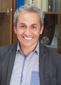 Profesor Cristián Santibáñez Yáñez, Director de revista Cogency