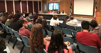 """Primer Encuentro """"Diálogos para la prevención de la Violencia Sexual en el espacio Universitario"""", realizado el 5 de diciembre del 2017"""