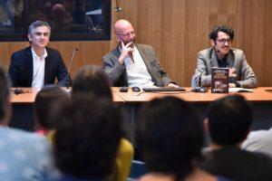 """El libro """"Estimado Dr. Freud"""" fue presentado en el auditorio de la Facultad de Psicología UDP"""
